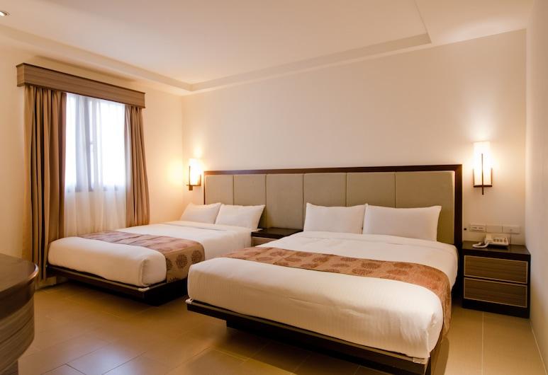 East Town 26, Chua-lien, Štvorposteľová izba typu Superior, Hosťovská izba
