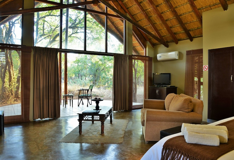 Black Rhino Game Lodge, Pilanesberg National Park, Luxury Suite, 1 Double Bed, Garden View, Room