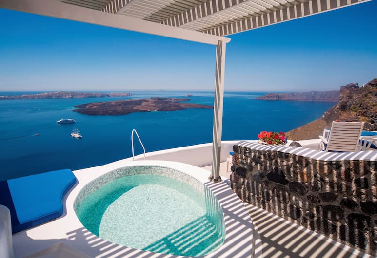 Iconic Santorini, a Boutique Cave Hotel, Santorini, Suite (Caldera), Jetted Tub