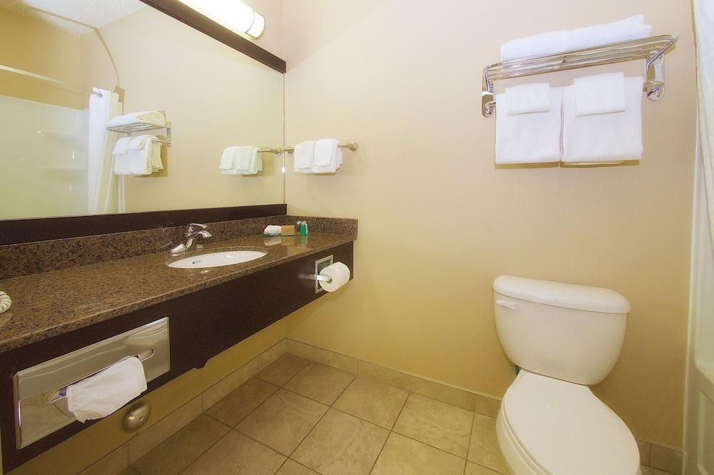 Δωμάτιο, 2 Queen Κρεβάτια, Καπνιστών - Μπάνιο