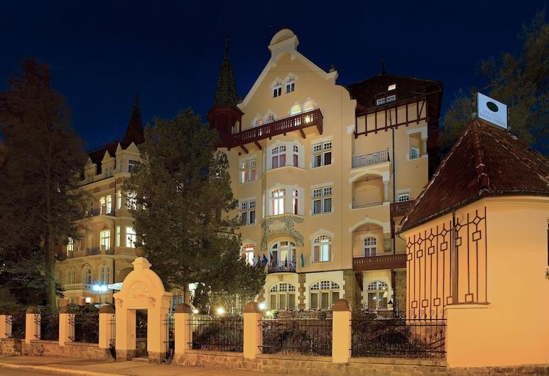 Hotel Smetana-Vyšehrad, Karlovy Vary, Pohľad na hotel