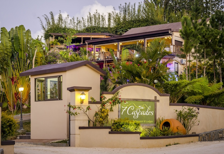 7 Cascades Restaurant Bar & Lodges, Vacoas-Phoenix