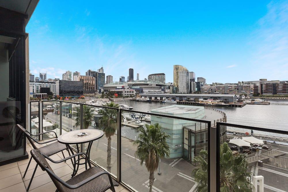 Apartmán typu Deluxe, 2 spálne, výhľad na prístav - Balkón