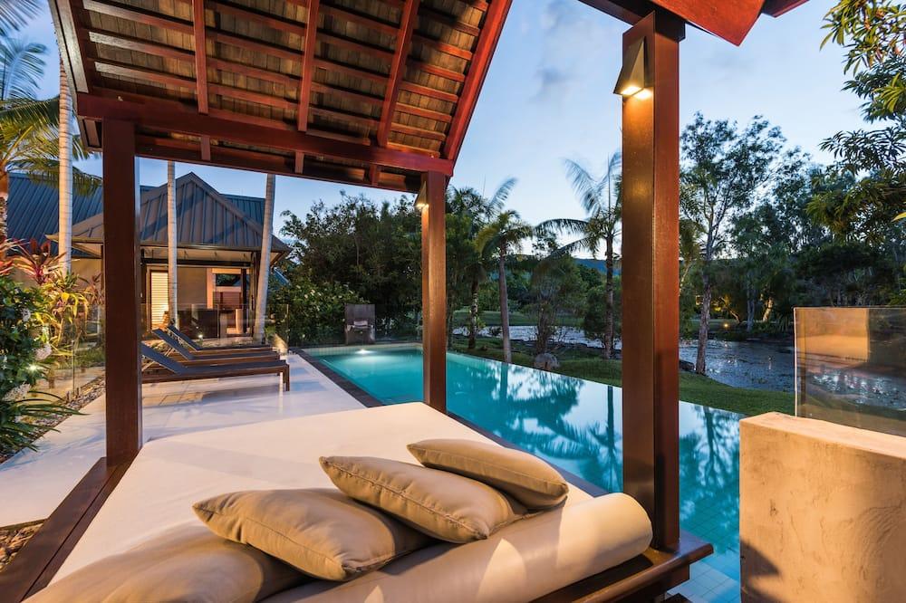 別墅 - 室外游泳池
