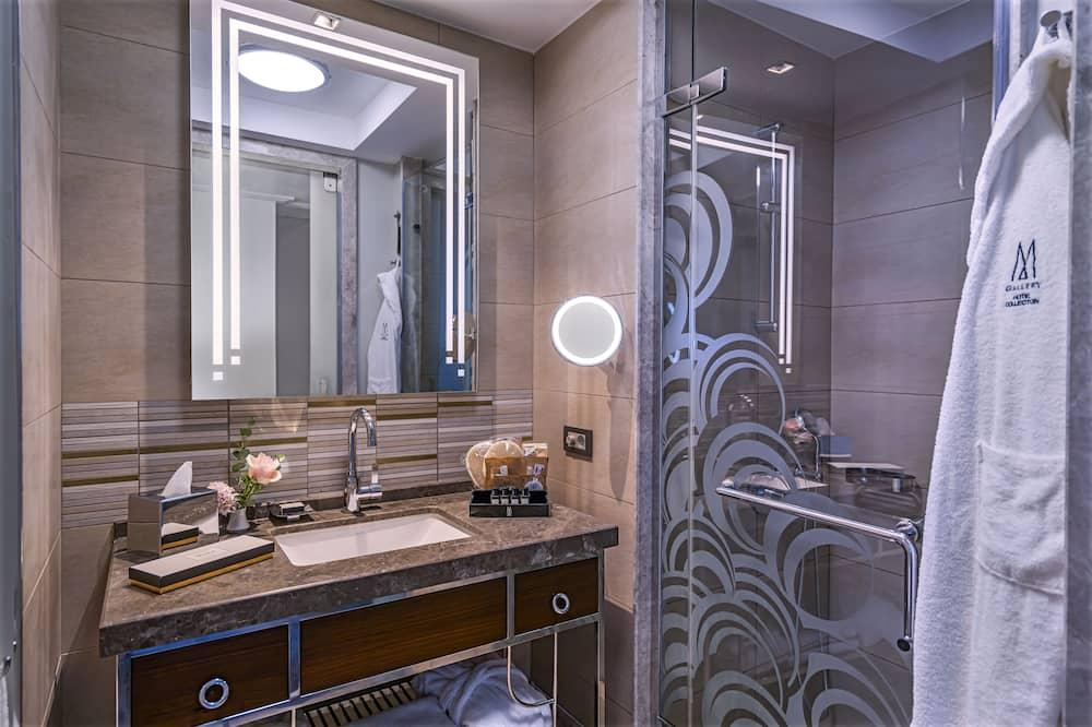 ห้องซูพีเรีย, เตียงเดี่ยว 2 เตียง, วิวเมือง - ห้องน้ำ