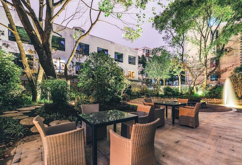Atour Light Hotel Jinli Chengdu, Čengdu, Terasa / vidinis kiemas