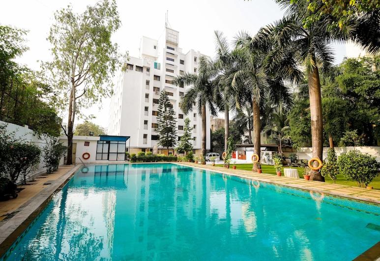 Oritel Service Apartments, Mumbai, Utomhuspool