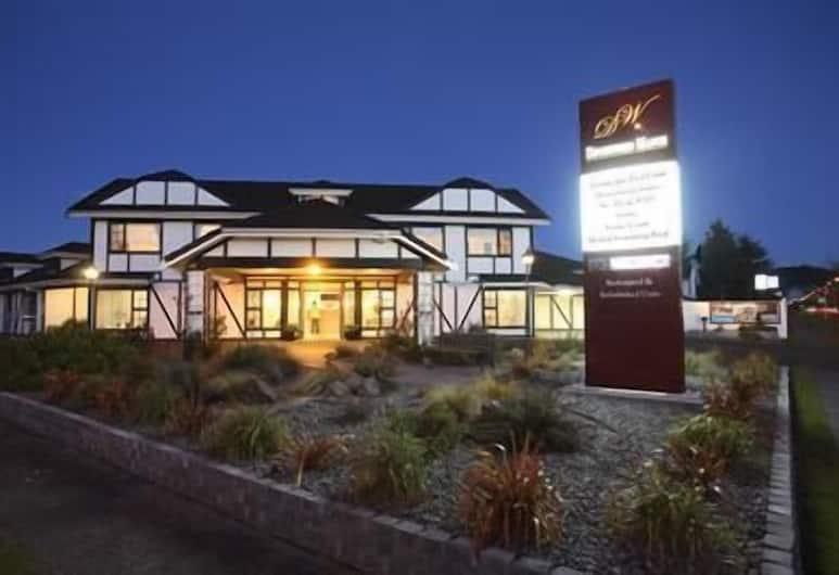 Devonwood Motel, Rotorua, Property Grounds