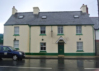 Picture of Old Castle Farm Guest House in Brecon