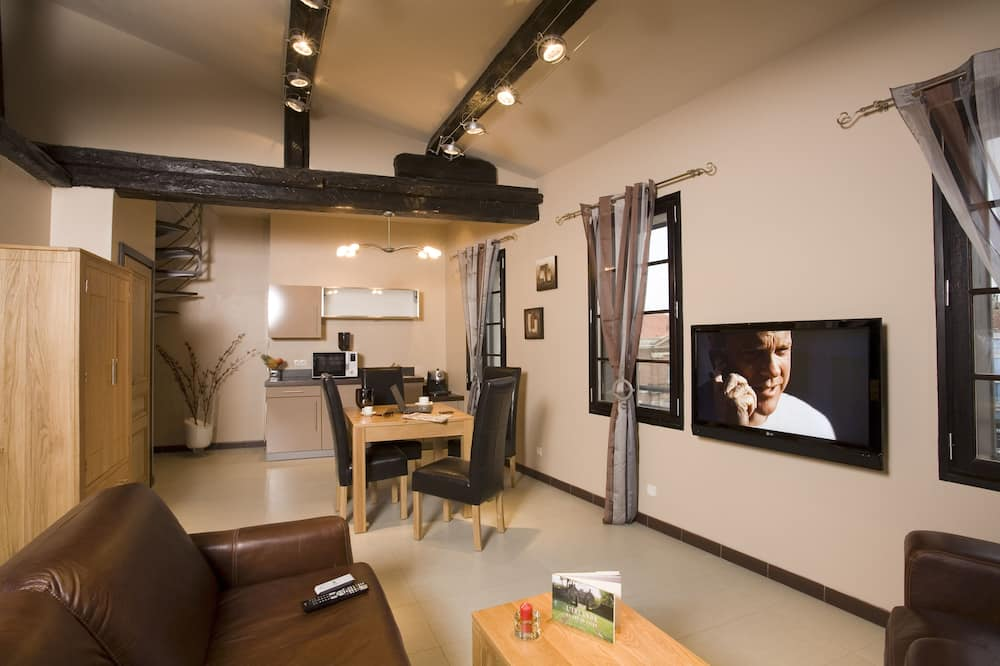 Paaugstināta komforta dzīvokļnumurs, terase - Galvenais attēls