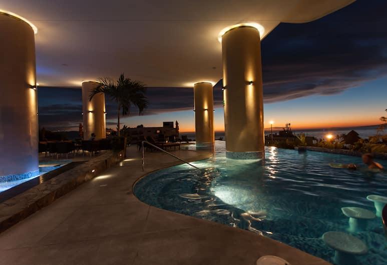 Pinnacle Resorts 180, Puerto Vallarta, Vanjski bazen