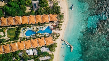 A(z) Infinity Bay Spa & Beach Resort hotel fényképe itt: Roatan