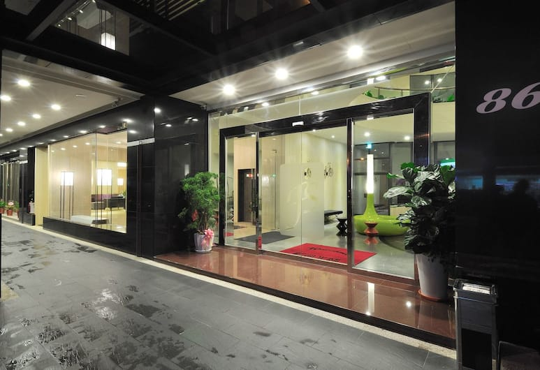 馥品大飯店, 台中市, 飯店入口