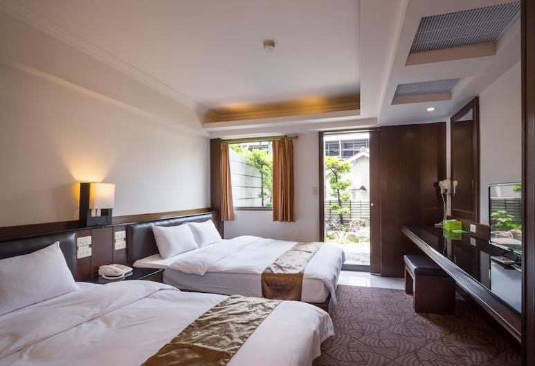 The Enterpriser Hotel, Taichung, Superior Quadruple Room, Bilik Tamu
