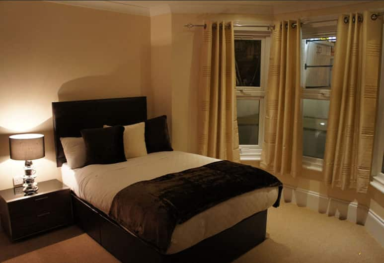 Sapphire Hotel, London, Double Room, Guest Room