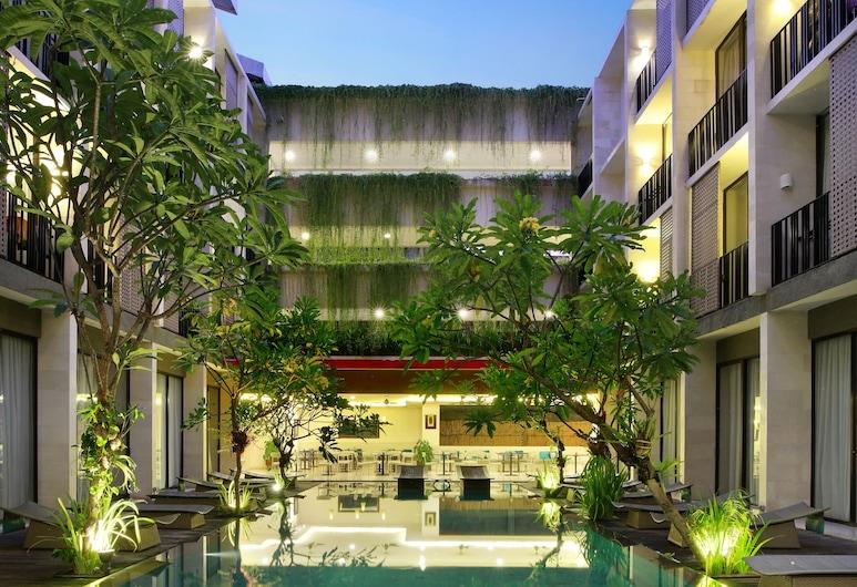庫塔露臺酒店, 庫塔, 室外泳池
