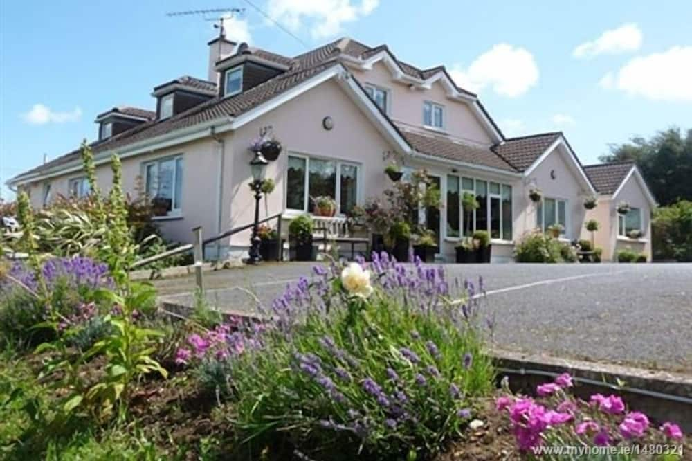 Bearna Rua Lodge