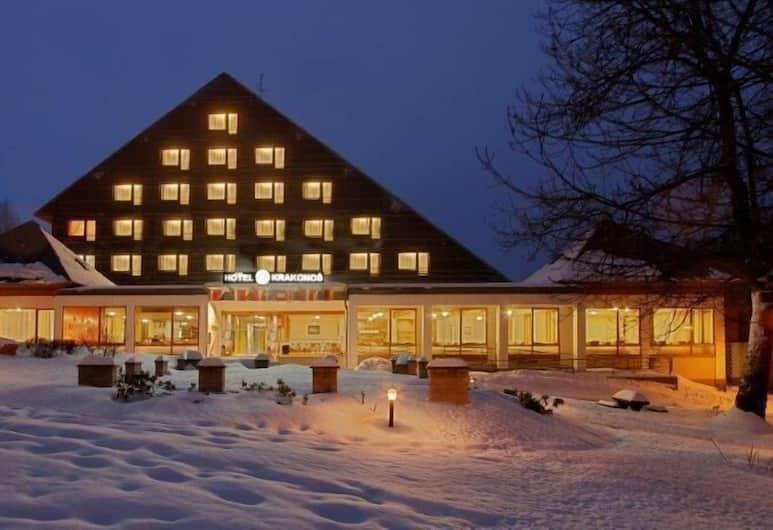 Hotel Krakonoš, Marianske Lazne, Facciata hotel (sera/notte)