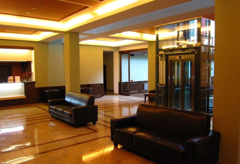 Hotel Baltaci Atrium, Zlin, Lobby Sitting Area
