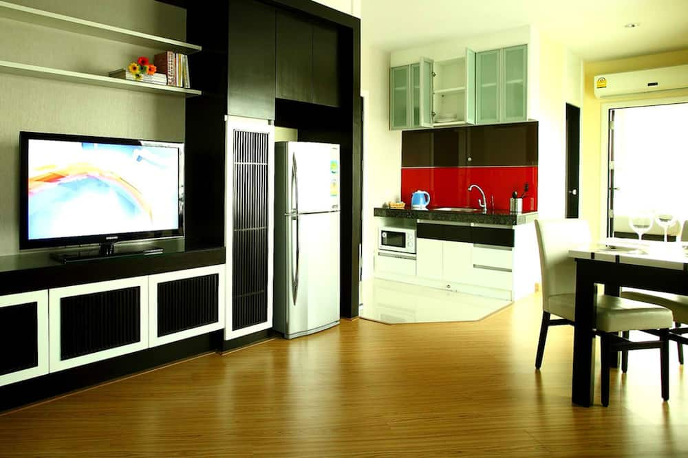 Junior-suite - 1 soveværelse - byudsigt - Stue