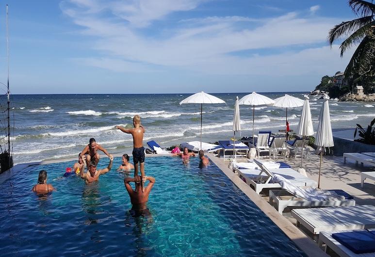 Nern Chalet Beachfront Hotel, Hua Hin, Baseinas