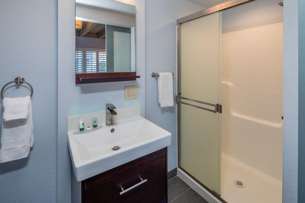Huone - Kylpyhuone