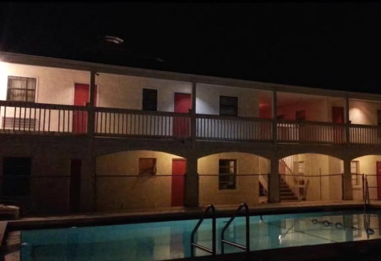 Aqua View Motel, Panamasitijbīča, Āra baseins