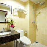 Superior - kolmen hengen huone - Kylpyhuone