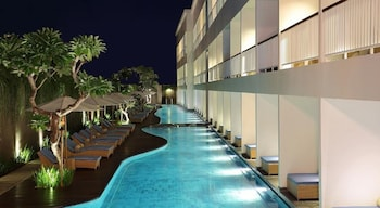 A(z) Ossotel Legian Bali hotel fényképe itt: Legian Beach