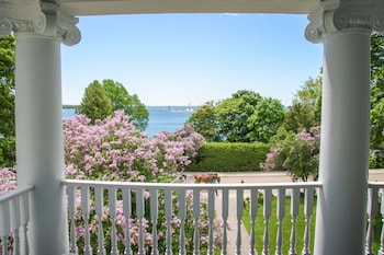Picture of Harbour View Inn in Mackinac Island