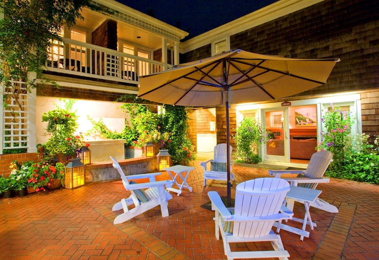 The Courtyard, Cannon Beach, Dvor