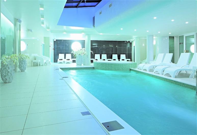 Wellton Centrum Hotel & Spa, Riga, Piscina cubierta