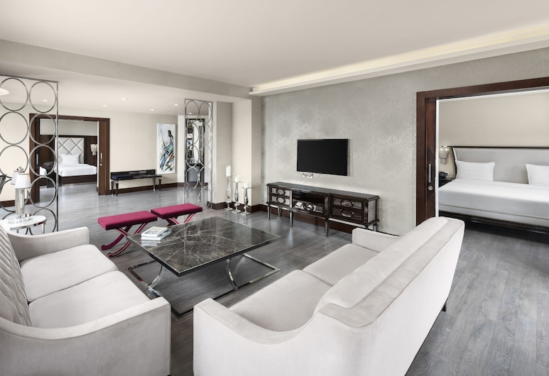 DoubleTree by Hilton Istanbul Esentepe, Istanbul, Presidential-Suite, 1 King-Bett, Zimmer