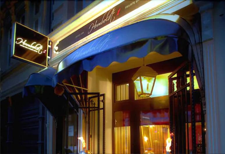 هومبولدت1 بالايس هوتل آند بار, كولون, مدخل الفندق