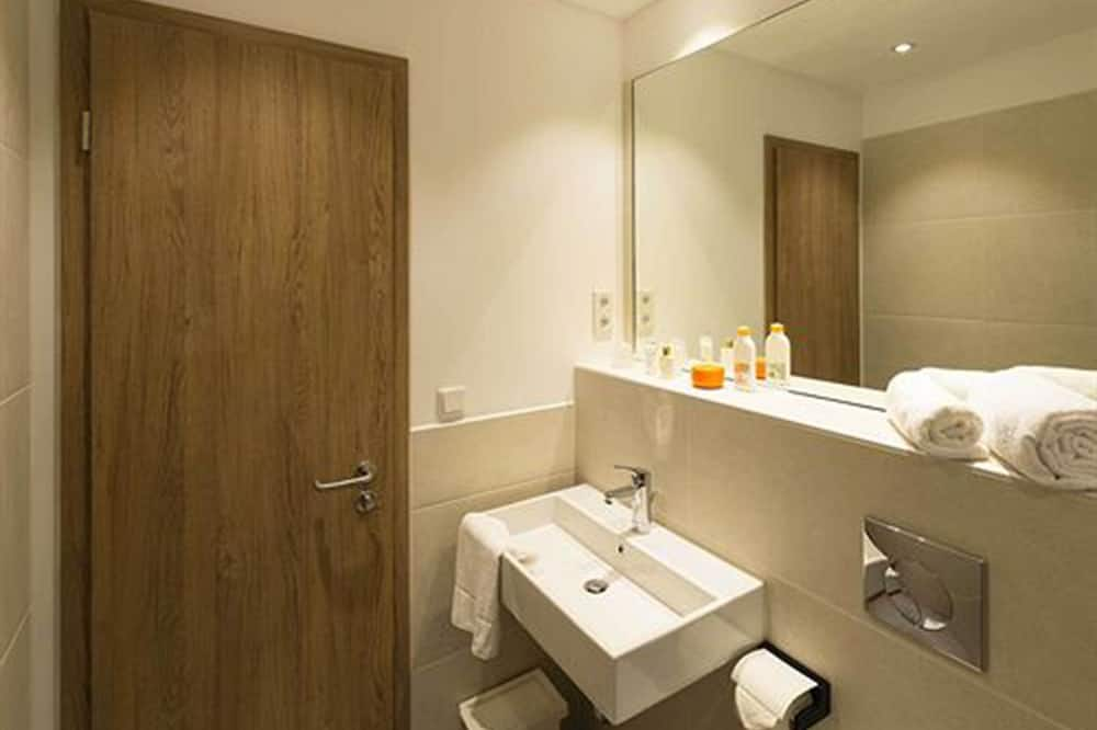 Kahden hengen huone, Allergiaystävällinen, Kaupunkinäköala - Kylpyhuone