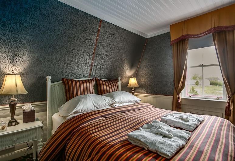 George House Heritage Bed and Breakfast, Dildo, Executive Jacuzzi Room, Bilik Tamu