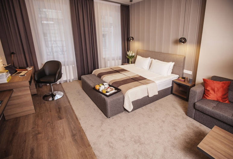 Senator Maidan, Kyiv, Apartment, 1 Bedroom, Living Room