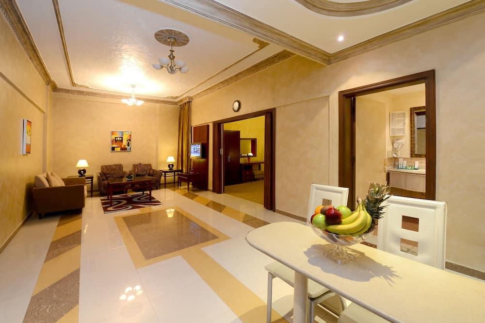 Suite ejecutiva, 2 habitaciones (With 2 Bathrooms) - Sala de estar