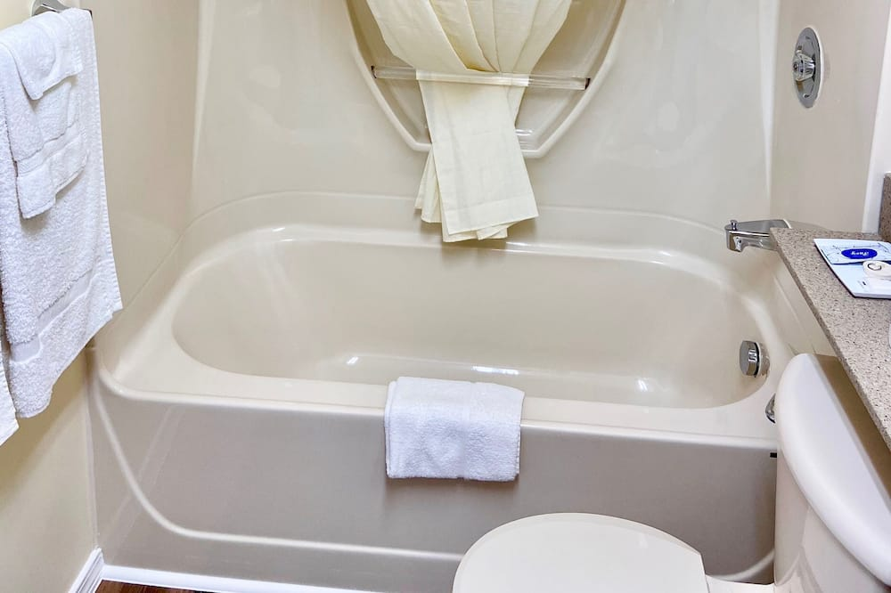 Standard-huone, 2 keskisuurta parisänkyä - Kylpyhuone