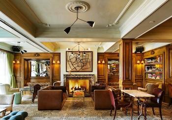 New York bölgesindeki The Marlton Hotel resmi