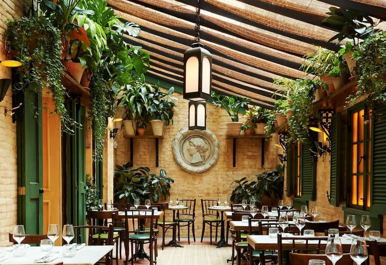 The Marlton Hotel, New York, Restoran