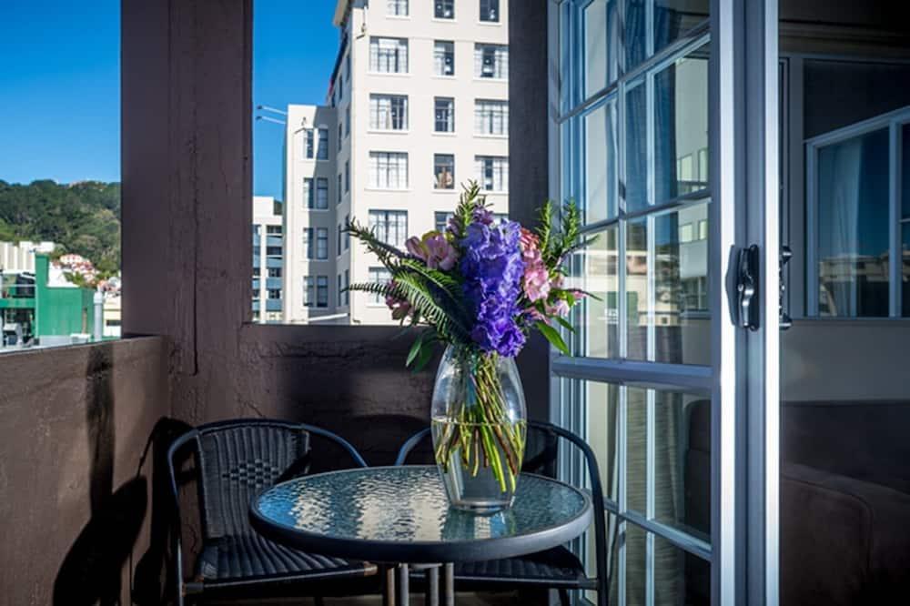 Apartment, 3 Bedrooms, Balcony - Terrace/Patio