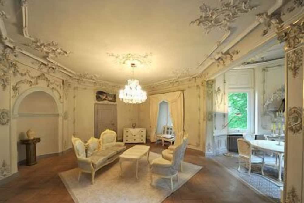 Suite, 1 Bedroom - In-Room Dining
