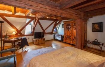 Strazburg bölgesindeki Le Bouclier d'Or resmi
