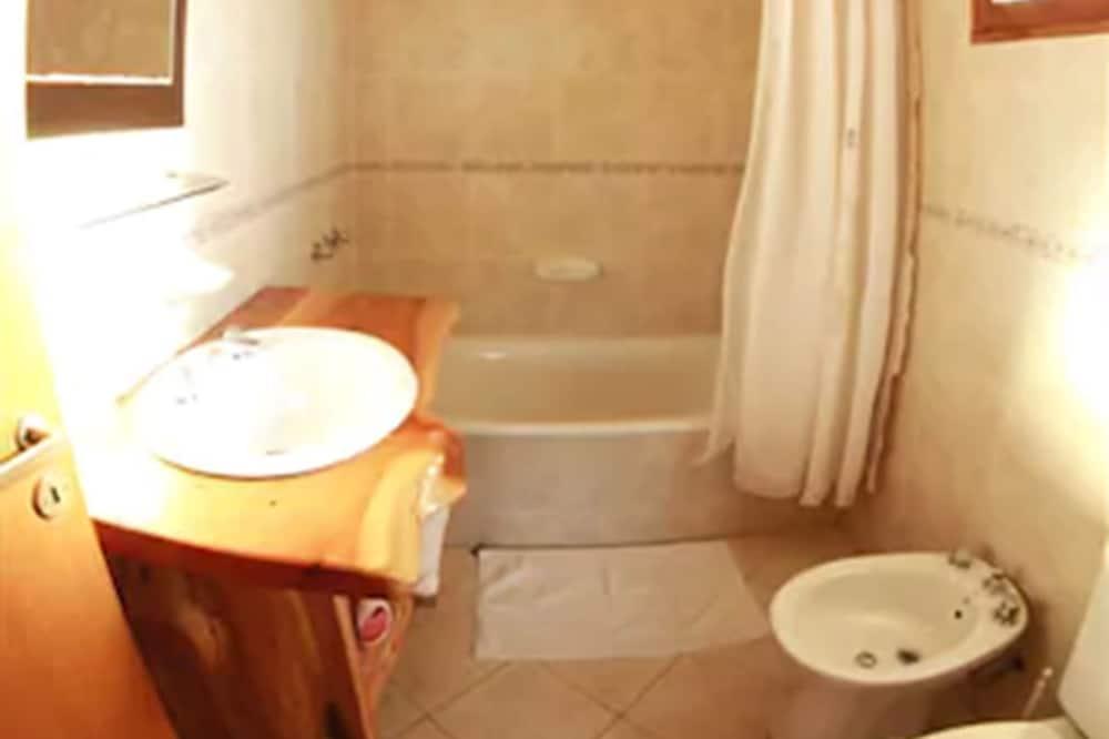 Bungalow, 2Schlafzimmer, Seeblick - Badezimmer
