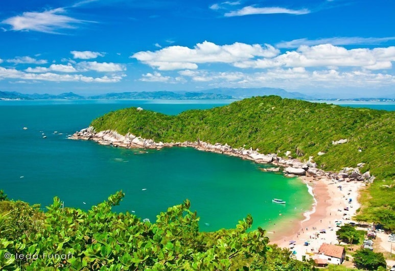 Pousada Acapulco, Bombinhas, Beach