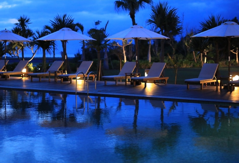 Cypress Resort Kumejima, Kumejima, Piscine en plein air