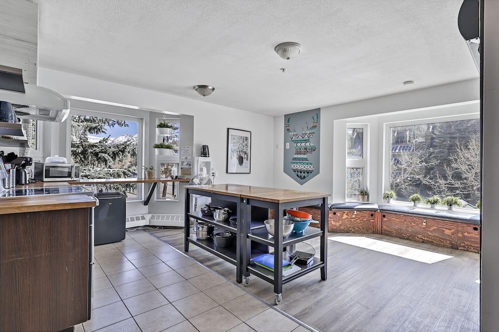 Habitación Deluxe con 1 cama doble o 2 individuales - Cocina compartida