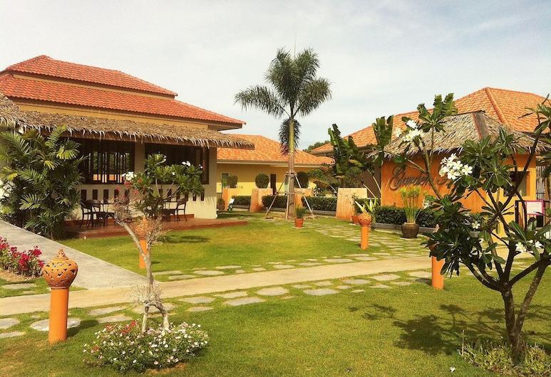 Garden Hills Resort, Cha-am