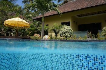 Enter your dates to get the best Karangasem hotel deal